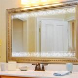 Zilveren Spiegel voor Badkamers en Meubilair