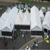 barraca desobstruída extravagante atrativa de alumínio ao ar livre do partido do telhado do pico elevado dos povos do famoso 400 do casamento do evento de 20X70m grande