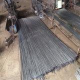 Чернота обожгла провод отрезока для вязки конструкции