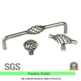 Maniglia d'acciaio del cassetto dell'apprettatrice del guardaroba del hardware della mobilia dell'armadio da cucina di prezzi di fabbrica (UC 04)