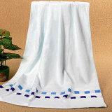 70%の綿30%の在庫が付いているタケ明白な染められた浴室タオル