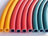 PVCファイバーはホース機械プラスチック管機械を補強する