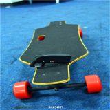 Romote Controlの卸し売りFashion Four Wheel Electric Skateboard