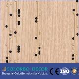 Écran antibruit décoratif en bois perforé respectueux de l'environnement de forces de défense principale pour l'intérieur