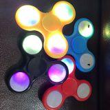 Iluminação colorida LED Hand Toy Fidget Spinner W / Switch