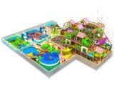 Цветастое коммерчески скольжение спортивной площадки с спортивной площадкой типа природы крытый