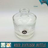 200ml svuotano intorno alla bottiglia di vetro del diffusore della canna del cilindro