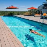 Decking composé en plastique en bois imperméable à l'eau extérieur de résistance UV pour la piscine