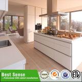 Белая европейская конструкция кухни лака типа