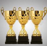 Grande troféu do metal do tamanho para o competiam e o campeonato da ponte