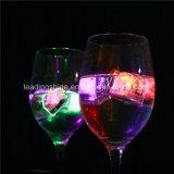 棒装飾LED党装飾のための点滅の多彩なLEDの角氷
