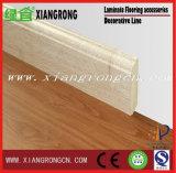 Panneau de bordage pour le plancher en stratifié