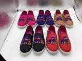 Planta del pie superior de la inyección del niño de China de la lona al por mayor de los zapatos ocasionales