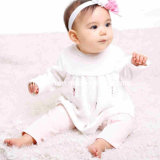 Mamã e Bab 100%Cotton Embroidery Baby Clothes Girls Baby Suits Girls em Stock