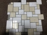 ベージュ色およびWhite Marble Mosaic Tile