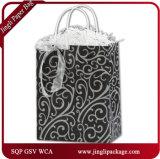 Modèle d'empaquetage au détail mat noir de luxe de sac de papier d'impression faite sur commande de clients de jeux de renne