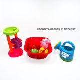 Kind-stellten im Freien bunte Sand-Strand-Spiel-Bad-Spielwaren ein