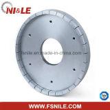 Поделенный на сегменты диамант керамических резцов придающ квадратную форму колесу