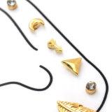 De gouden Geplateerde Leuke Oorringen van de Nagel van het Bergkristal van de Meetkunde Vastgestelde