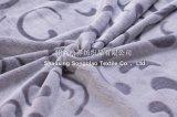 Couverture 100% d'ouatine de flanelle gravée en relief par 3D de polyester