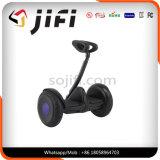 Roue 2 restant vers le haut le scooter électrique de Jifi