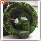 장식 정원을 정원사 노릇을 해 인공적인 정원의 직업적인 공급자