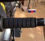 ハンドルのグリップまたはハンドル棒か体操の練習装置手のグリップ