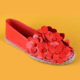 Espadrilles rouges fabriquées à la main de ballerine d'appartements d'espadrilles d'usine d'espadrilles