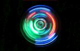 다채로운 LED 빛을%s 가진 고아한 수정같은 핑거 방적공