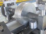 Rolo do material de construção da calha que dá forma à máquina