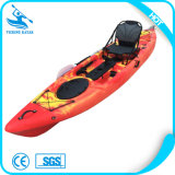 Kajak plástico barato de la pesca de la canoa de China con los accesorios del kajak