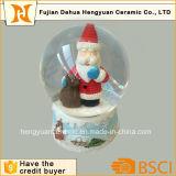 Глобус воды Santa Claus миниого размера стеклянный для рождества