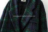 Capa de polvo del algodón del `S de las mujeres de la tela escocesa