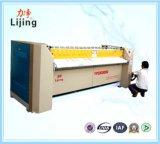 Máquina passando elétrica de lavagem de rolo de aquecimento do equipamento da lavanderia com ISO 9001 para a roupa