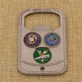 柔らかいエナメルの卸売の金属の栓抜きメダル