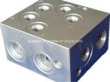 CNC機械はCNCの部品のAlumiumの機械化の部品を分ける