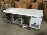 Réfrigérateur en verre de cuisine de porte d'acier inoxydable