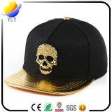 2017 chapeaux en cuir de types neufs avec le logo personnalisé et chapeaux avec des accessoires de logo en métal