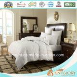 Dell'hotel e della casa di uso la piuma bianca dell'oca del Comforter giù e giù imbottisce
