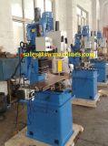 Perfurando e máquina de trituração com padrão do Ce