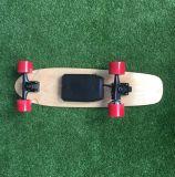 صنع وفقا لطلب الزّبون سنت لوح 4 عجلات لوح التزلج مصغّرة كهربائيّة