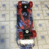 Skate de 4 rodas com a plataforma do bordo 7ply