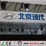 almacén 4s que hace publicidad de insignia montada en la pared de acrílico del coche de la iluminación del cromo LED