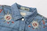 Großhandelsfrauen-Kleidung stickte Retro dünne wilde kurze Denim-Umhüllung