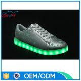 El mejor contellear del diseño LED de la venta enciende para arriba los zapatos para los adultos