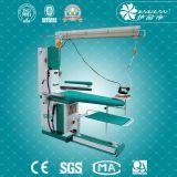 Do vapor retrátil Multi-Function da tabela da lavanderia da sução placa passando