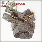 2 modo Brass Zippers per Garment