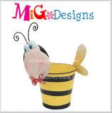 O melhor plantador da abelha do metal da decoração do jardim e do balcão