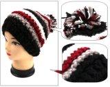 Картины шлема Knit руки способа