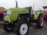 前部ローダーまたはバックホウが付いている4WD 45HPの農業のトラクター